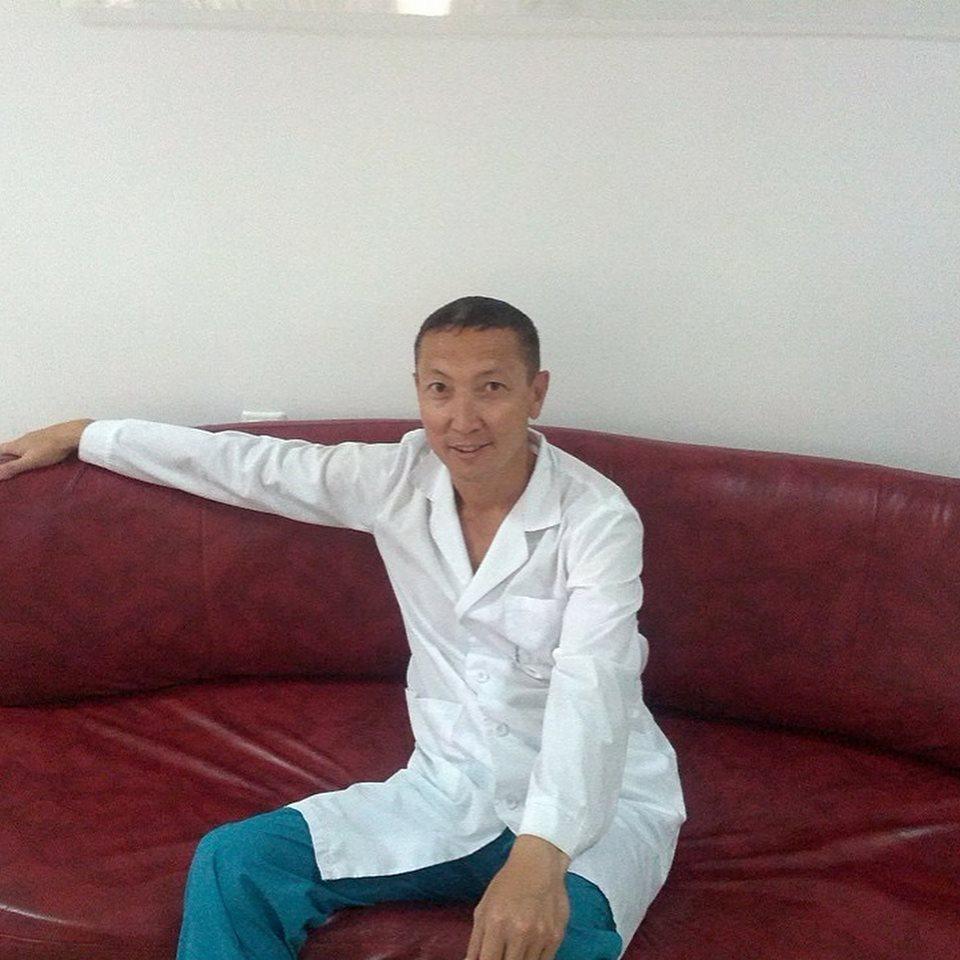 Есмахов Айдар